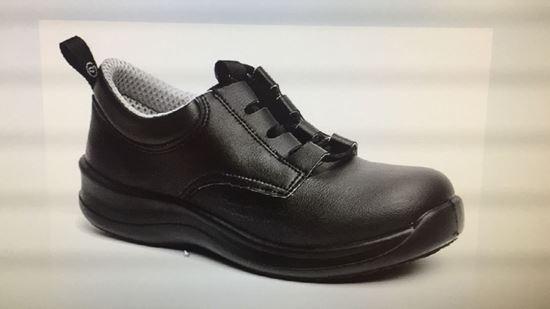 Foto de calzado de protección y seguridad para invierno